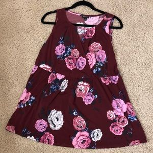 TORRID BURGUNDY FLORAL TOP